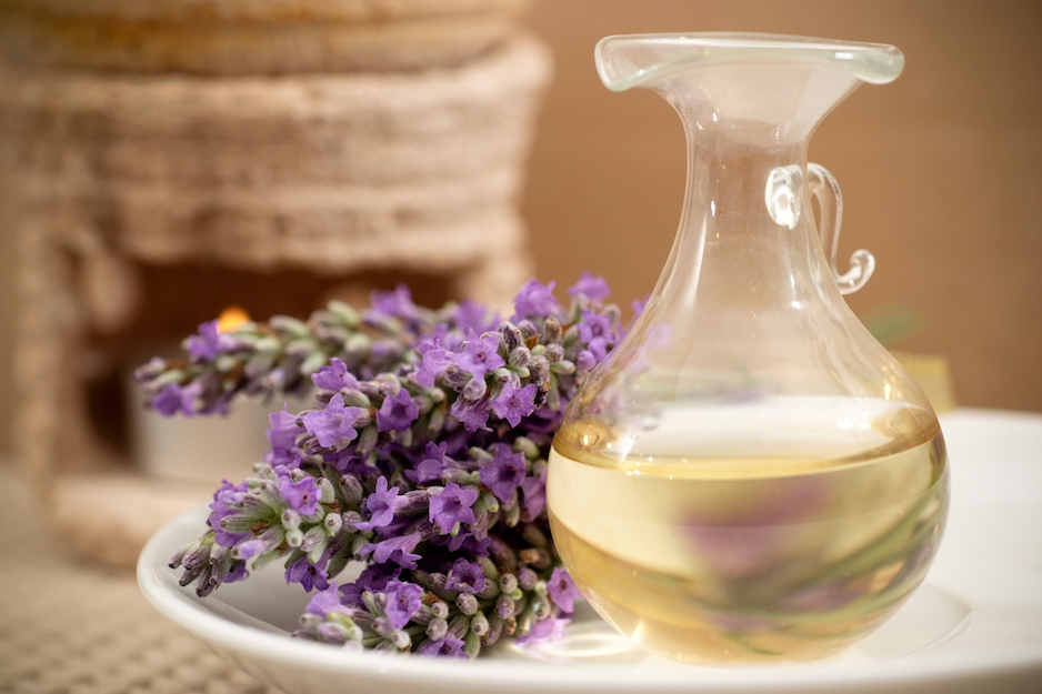 Aromatherapy Benefits for Older Adults_ Senior Solutions Management Group